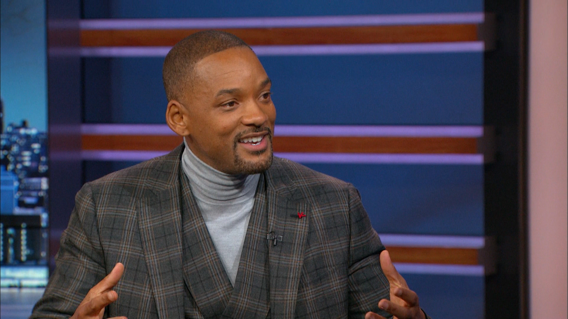- WILL SMITH - GOING UP AGAINST THE NFL IN